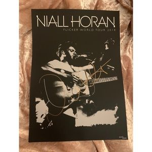 *AUTHENTIC NIALL HORAN SIGNED POSTER*
